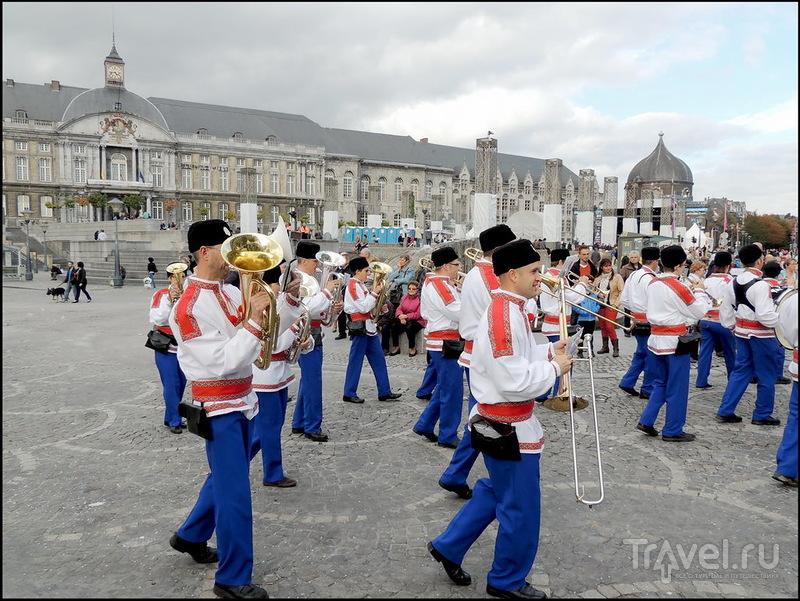 Валлонский праздник в Льеже / Бельгия