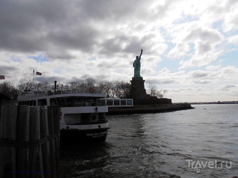 Нью-Йорк - Статуя Свободы / США