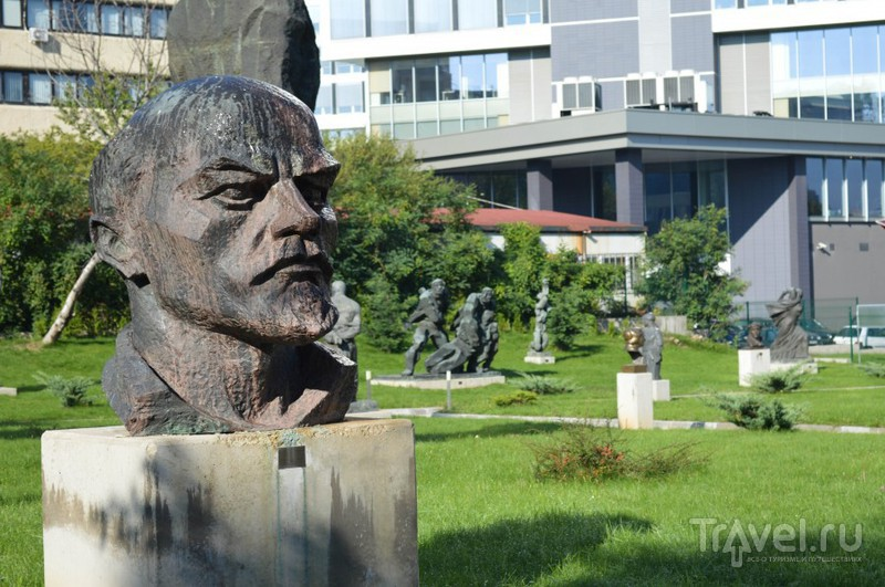София - болгарский Арбат, трамваи, троллейбусы и музей социалистического искусства / Фото из Болгарии