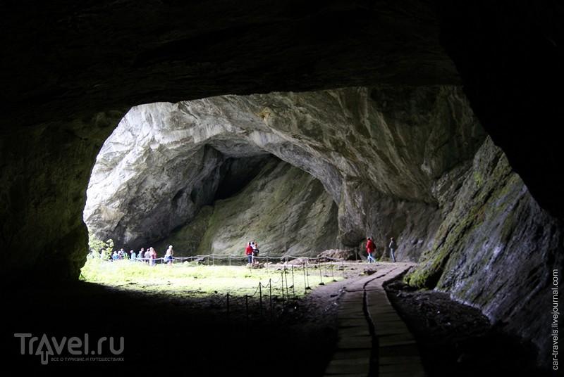 Башкирские каникулы. Пещера Шульган-Таш, озеро Чебаркуль / Россия