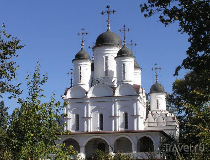 Спасо-Преображенский собор в усадьбе Большие Вяземы
