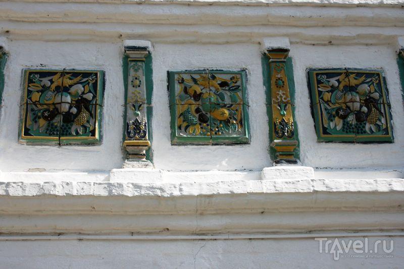 Изразцы в Иосифо-Волоцком монастыре