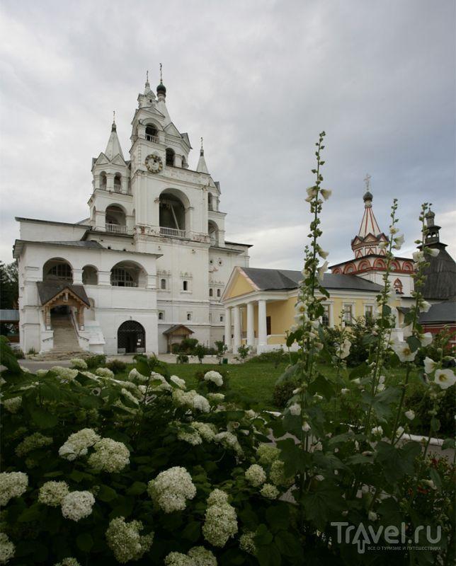 У Саввино-Сторожевского монастыря