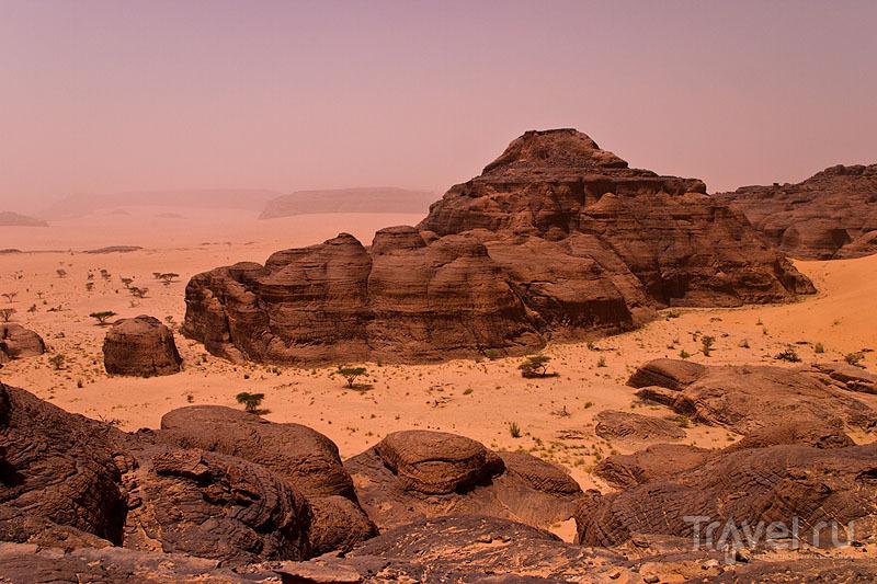 Удивительные краски на плато Эннеди / Чад