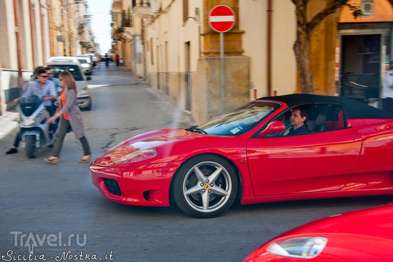 День Феррари в Рибере / Италия