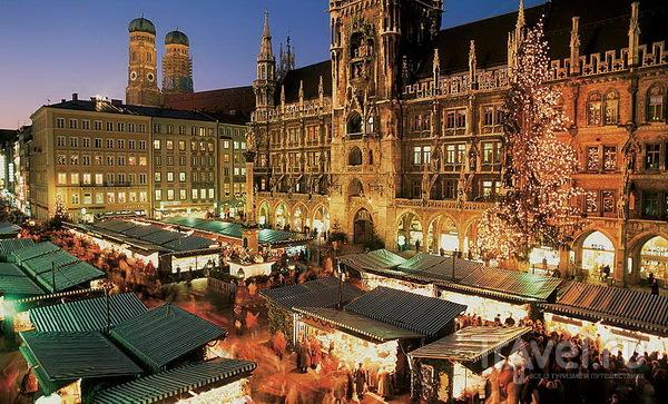 Рождественский рынок на Marienplatz в Мюнхене
