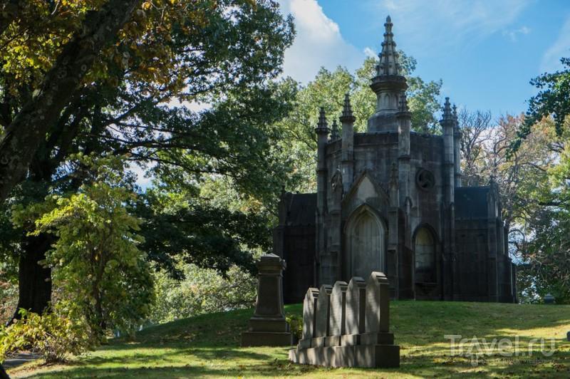 Нью-Йорк: кладбище Грин-Вуд / США