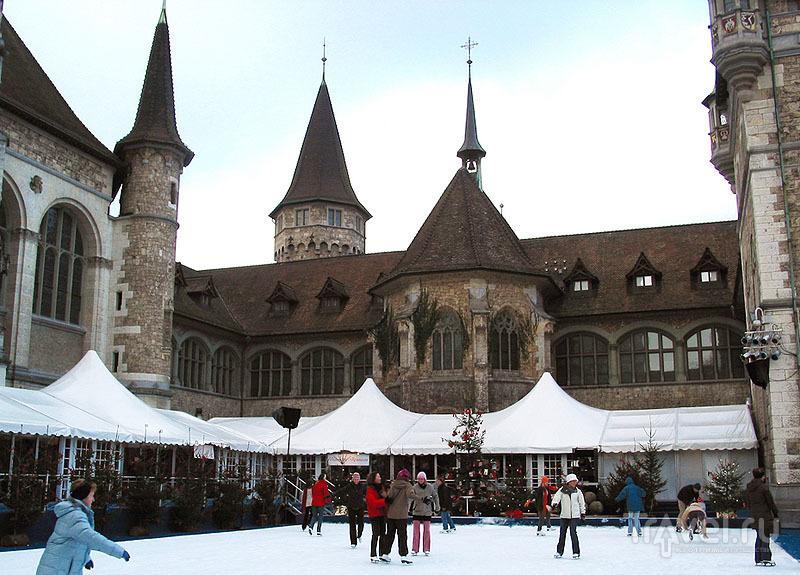Каток в центре Цюриха
