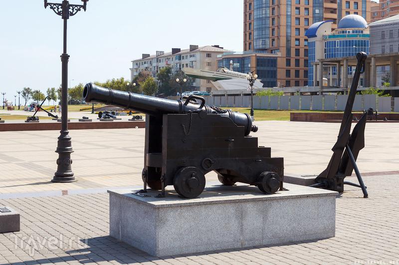Набережная Адмирала Серебрякова в Новороссийске / Россия
