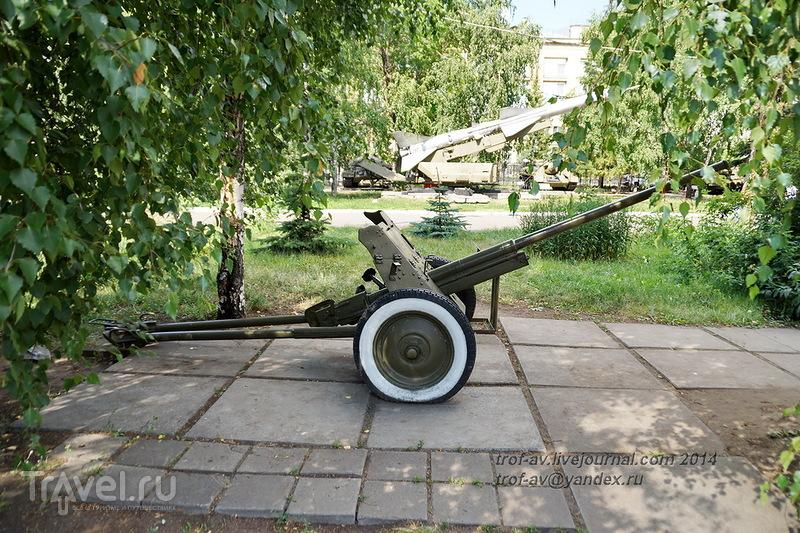 Музей воинской славы омичей, экспозиция военной техники / Фото из России
