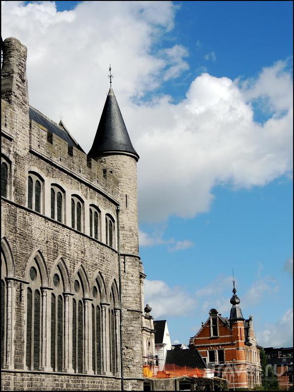 Гент. От Sint-Pietersplein до замка Жерара Дьявола / Фото из Бельгии