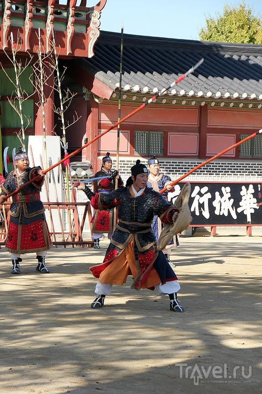 Золотая осень в Сеуле. Крепость Хвансон (Hwaseong) / Фото из Южной Кореи