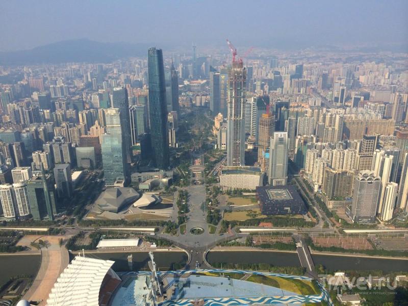 Гуанчжоу с высоты птичьего полета / Китай