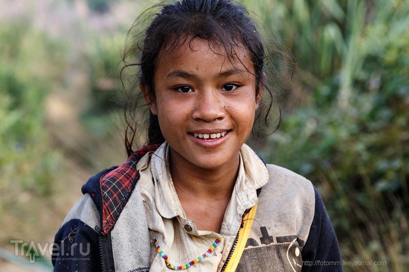 Лаос. Деревенские девчонки / Лаос