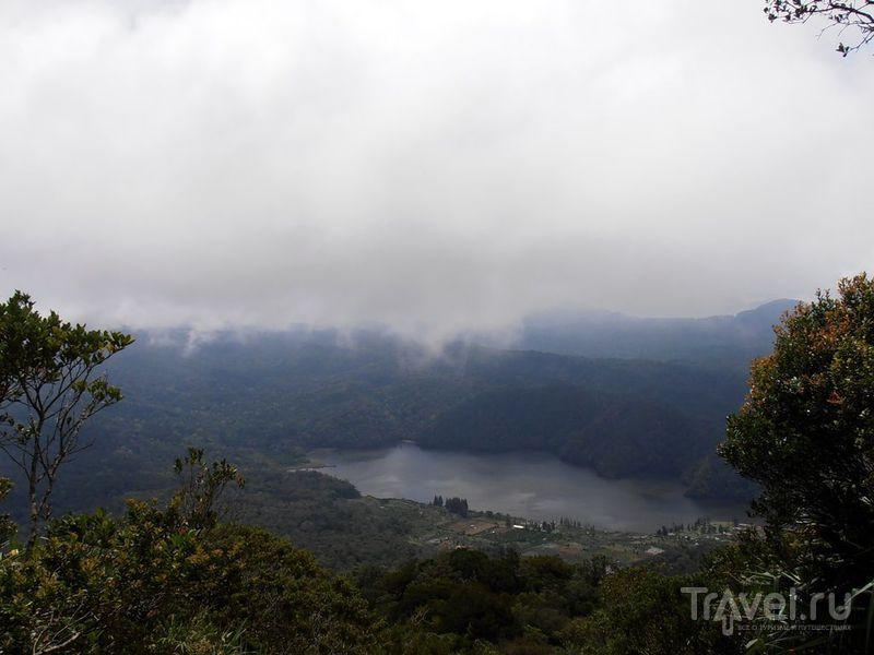 Берастаги и его вулканы / Индонезия