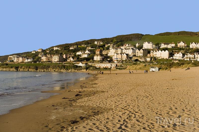 Город Девон рядом с пляжем / Великобритания