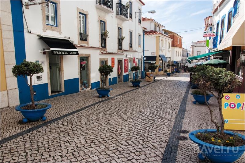 Португалия: бело-голубая Эрисейра / Фото из Португалии