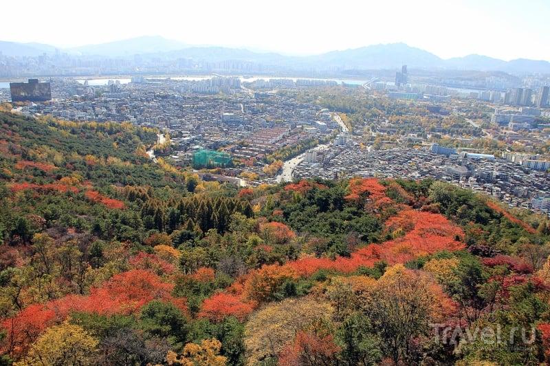 Золотая осень в Сеуле. Телебашня N Seoul Tower / Южная Корея