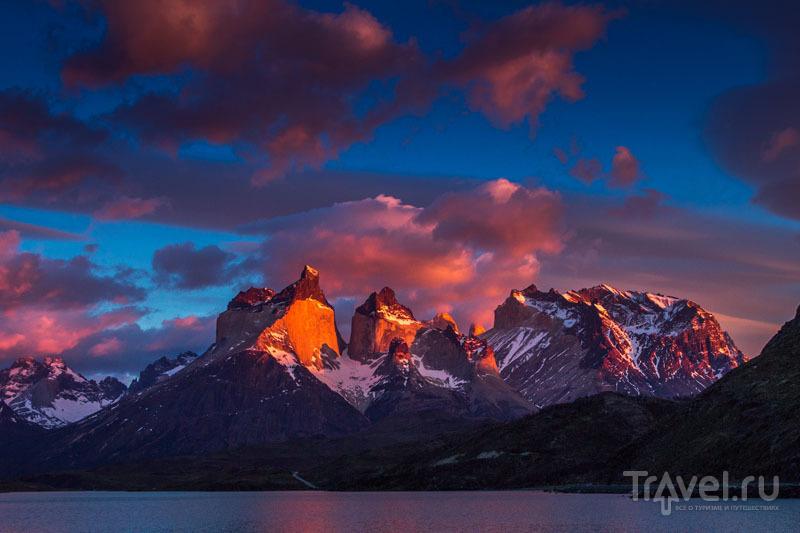 Панорама заповедника Торрес-дель-Пайне / Чили