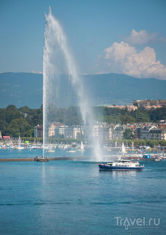 140-метровый женевский фонтан
