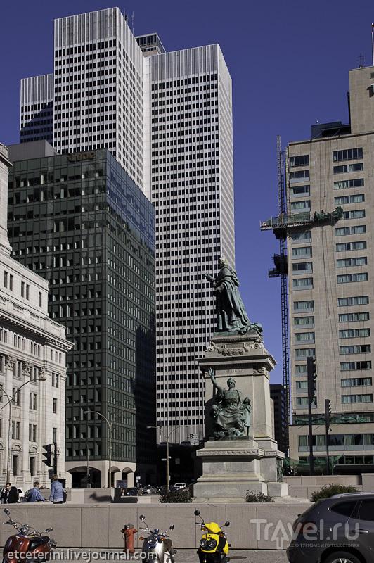 Монреаль. Небоскребы даунтауна и Мон-Рояль / Фото из Канады