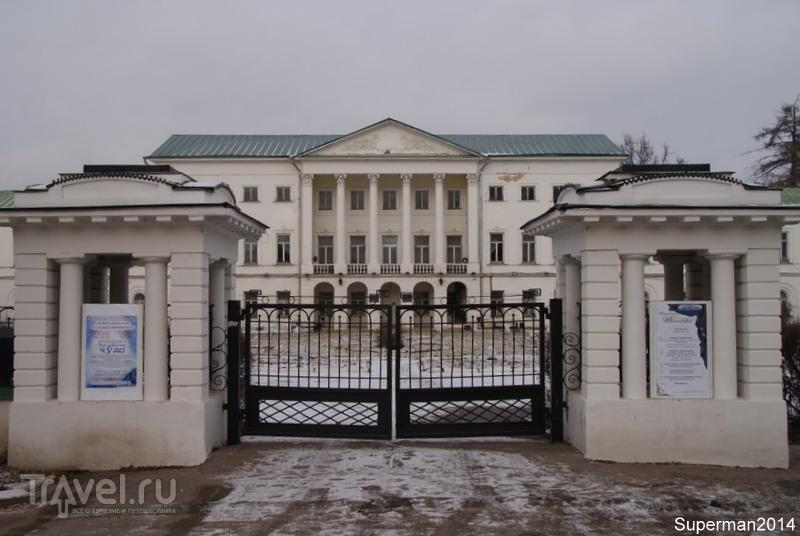 """Усадьба """"Ивановское"""" / Россия"""