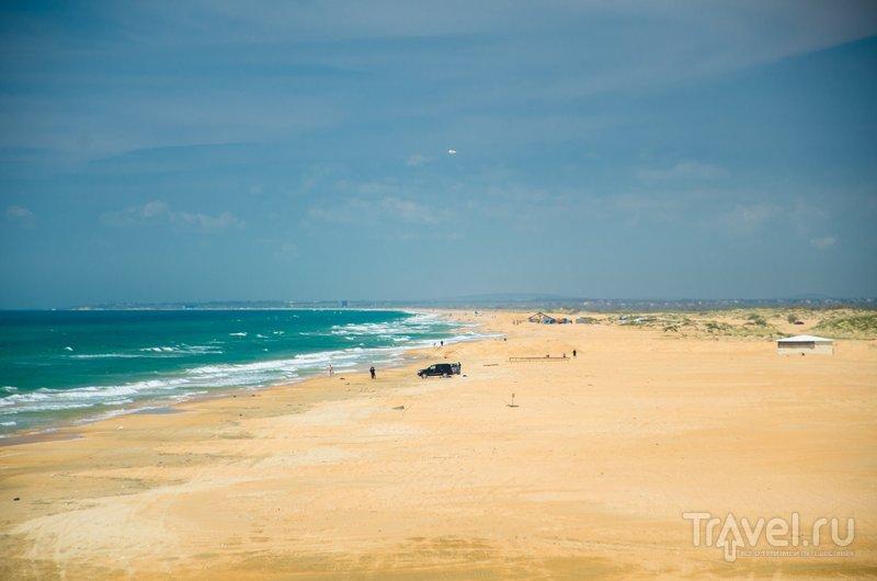 Пляжи в Витязево длинные и широкие, даже в сезон можно найти место под солнцем и у моря
