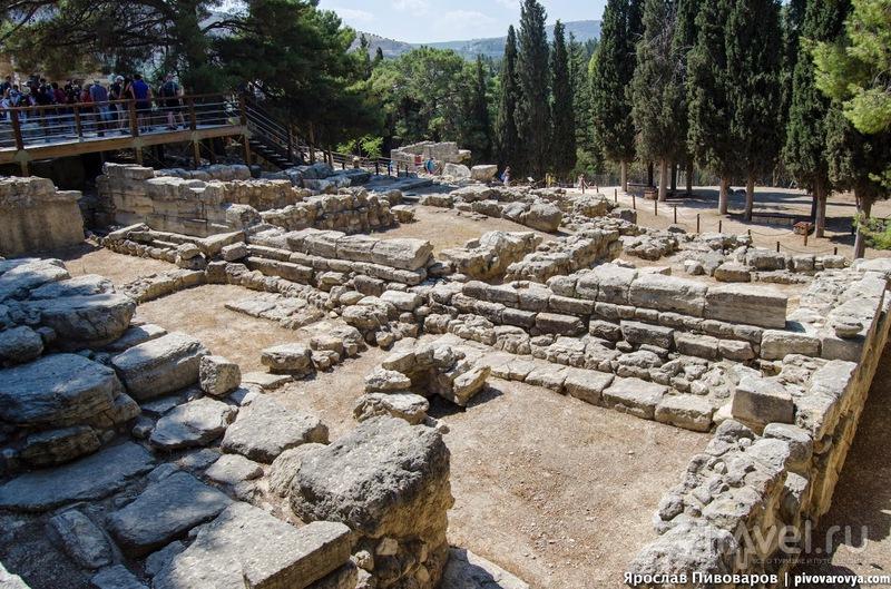 Кносский дворец на острове Крит / Греция