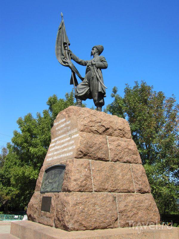 заказать памятник новосибирск ростов