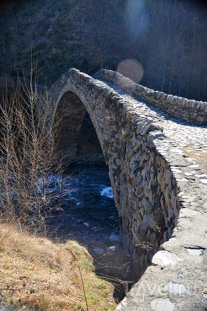 Сант-Джулия-де-Лория. Мост Ла-Маржинеда / Андорра