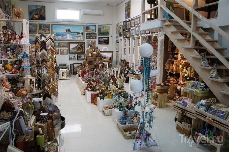 В  галерее Анапы