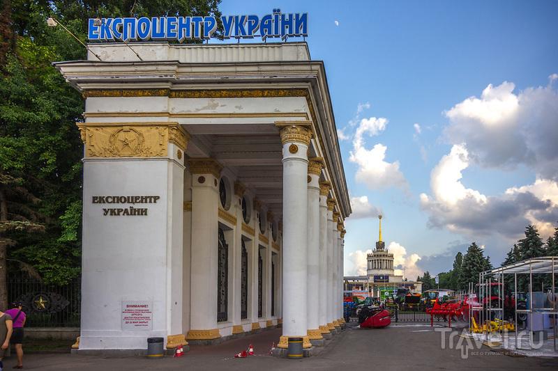 """Киевская ВДНХ и выставка """"АгроЭкспо"""" / Украина"""