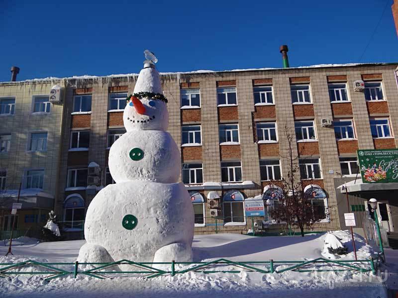 Самый большой снеговик в России / Россия