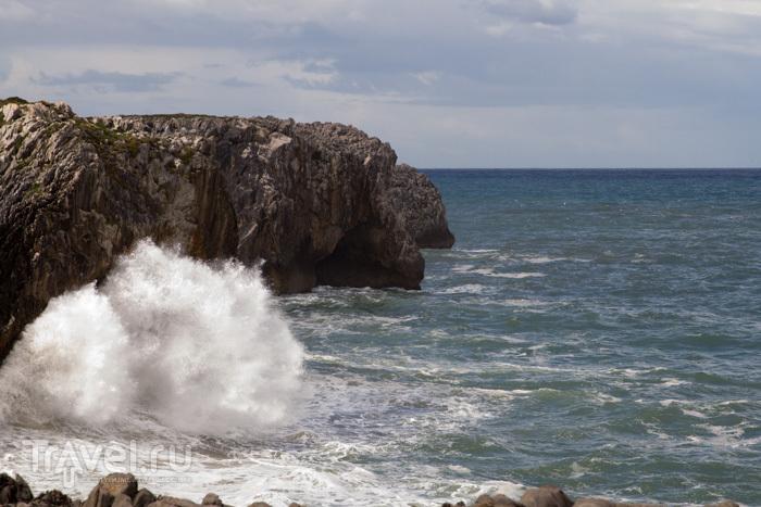 Bufones de Pria - шутки океана / Испания