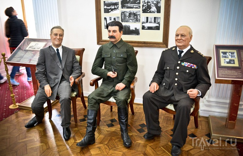 Галопом по полуострову / Россия