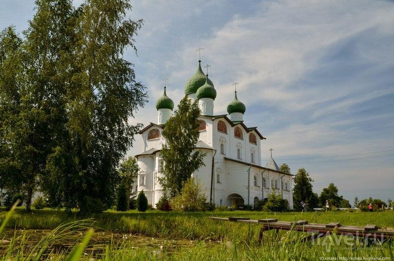 Николо-Вяжищский монастырь под Новгородом / Россия