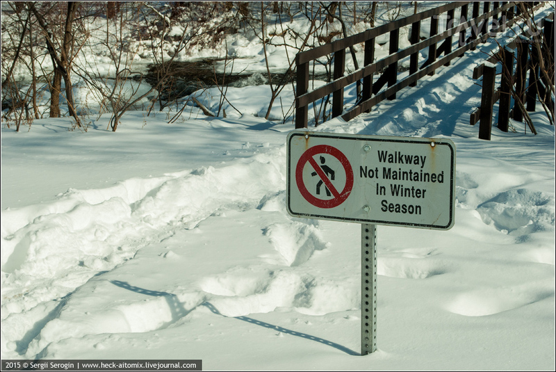 Остыли реки и земля остыла. Замершая Ниагара / Фото из Канады