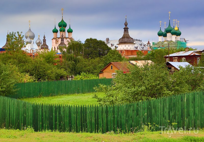 В Ростове Великом перед грозой