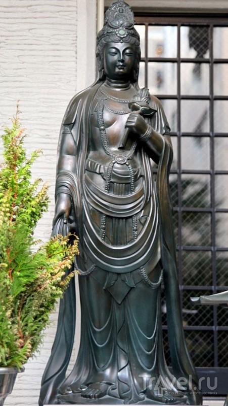 Осака. Спящий Будда / Япония