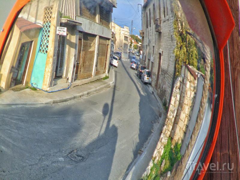 Всякий уличный декор в Лимассоле, настенный и не только / Кипр