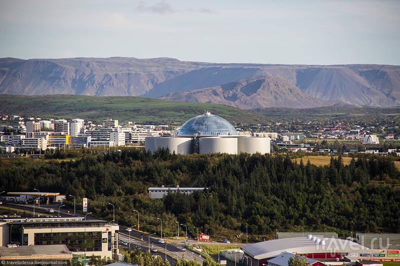 Рейкьявик 360° с высоты замечательной Хадльгримскиркьи / Фото из Исландии