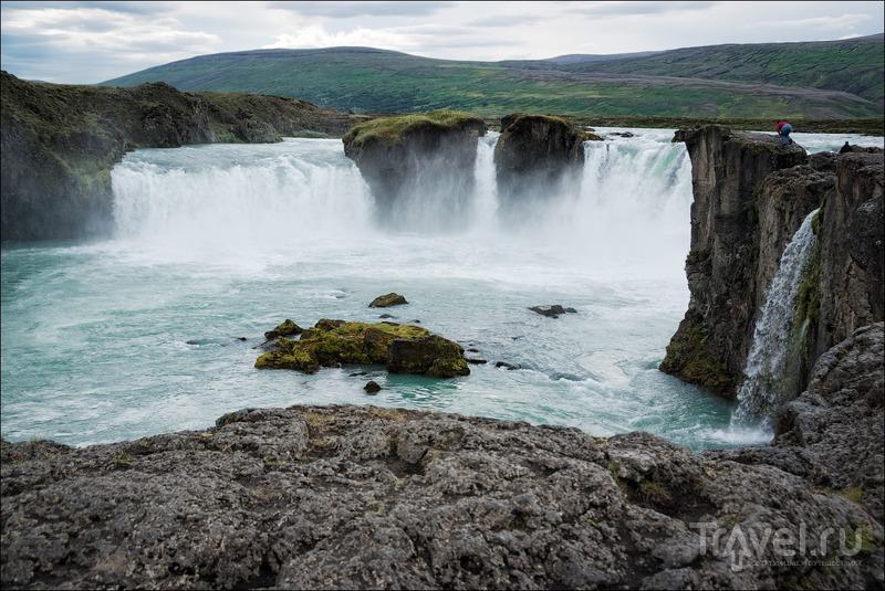 Северная Исландия: водопад Godafoss, Акурейри и Hvitserkur / Фото из Исландии