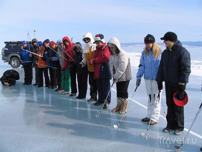 Ледовый гольф на Байкале