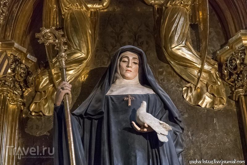 К чёрной Мадонне в Монсеррат / Фото из Испании