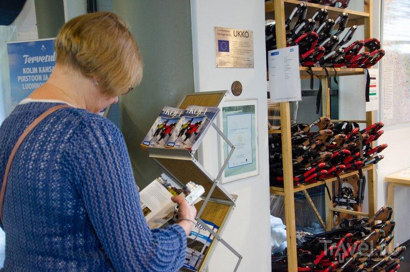 Брошюры на русском в визит-центре можно взять бесплатно / Фото из Финляндии