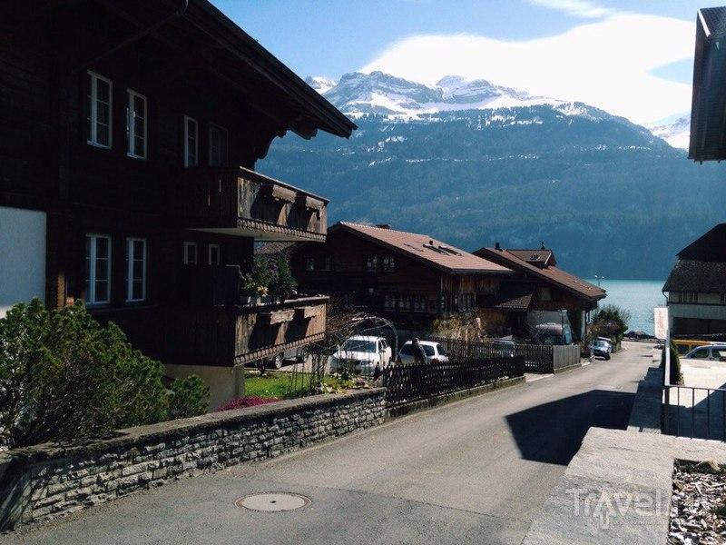 Бриенц, деревушка в Швейцарских Альпах / Фото из Швейцарии