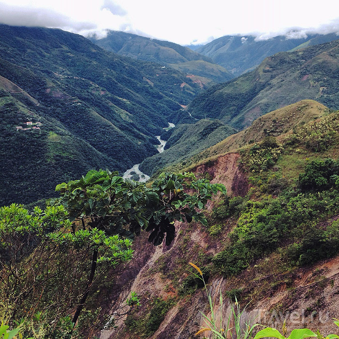 Дорога Смерти в горах Боливии / Боливия