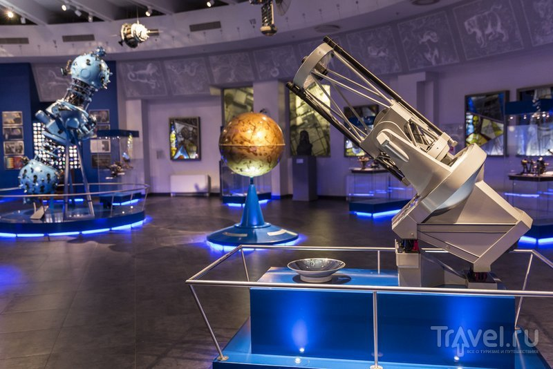 Экспозиции музея Урании