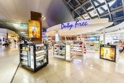 Магазины Duty Free в аэропорту Suvarnabhumi в Бангкоке
