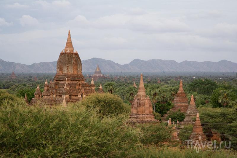 День в Багане - дорога, храмы, велосипед и звезды / Мьянма